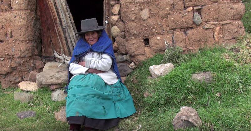 Captura MINKAKUY, Trabajo Colectivo - Documental - Pueblo Quechua (2014)